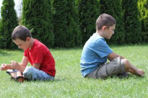 Учим ребёнка общаться с другими