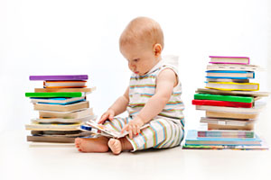 Читающий малыш