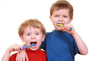 Как приучить ребенка не бояться стоматолога?