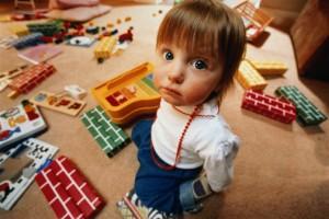 Как научить ребёнка собирать игрушки