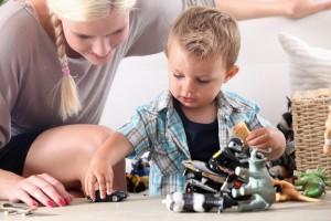 Какую няню выбрать для своего ребенка?