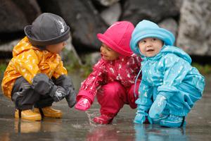 Как выбрать одежду для ребенка на весну