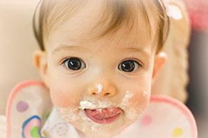Ребенку годик! А чем его кормить?